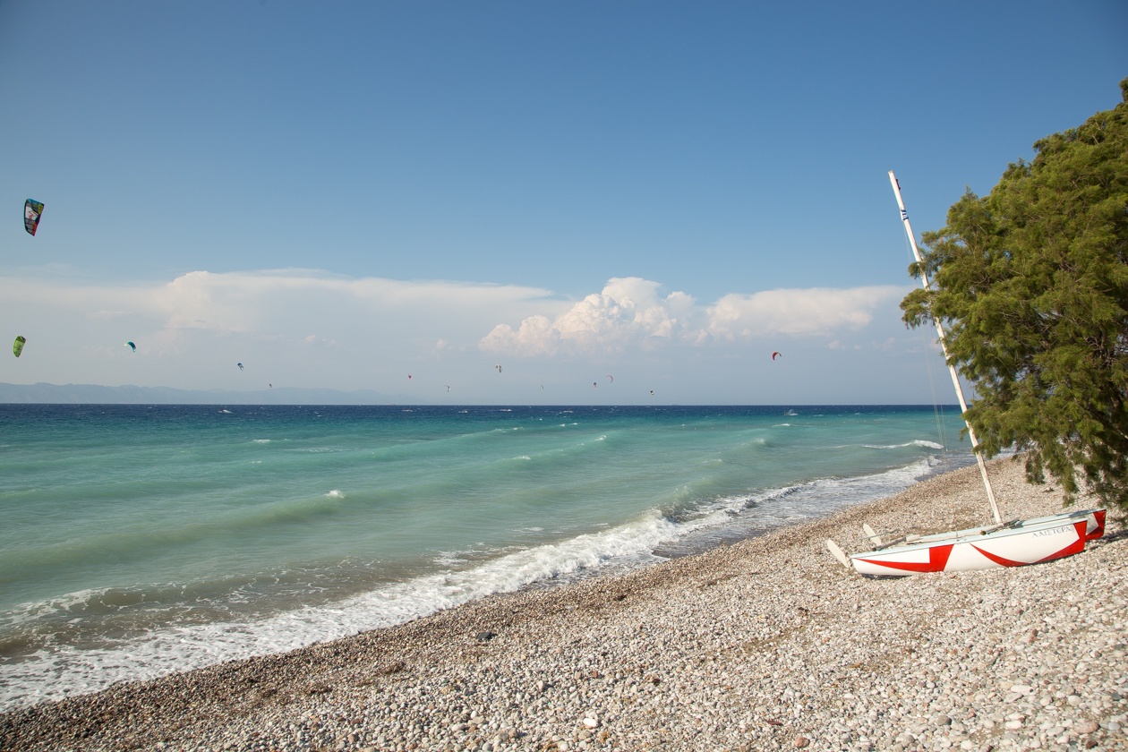 kremasti-beach