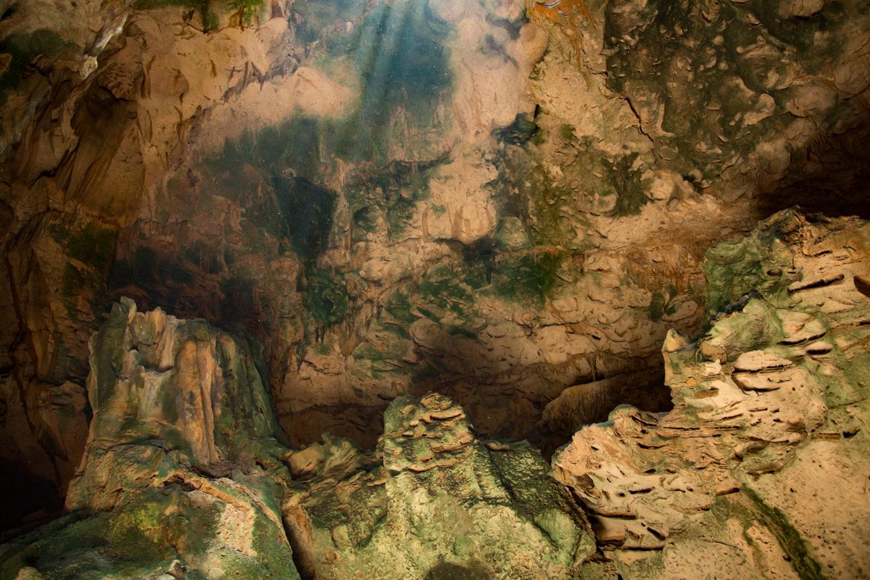 curacao-grotten-van-hato